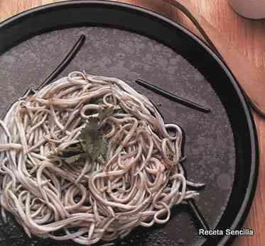 Angulas en ensalada