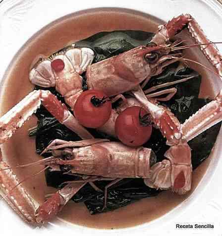 Ensalada de cigalas con espinacas