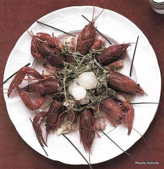 Ensalada de colas de cangrejo