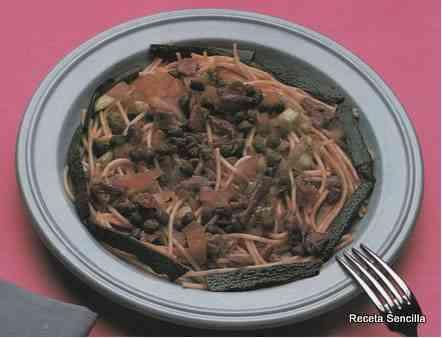 Ensalada de espaguetis con anchoas