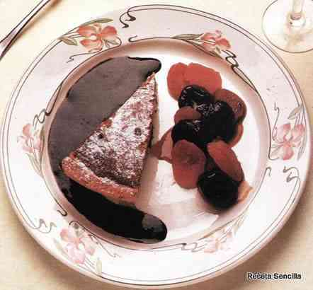 Tarta de albaricoque, ciruelas y manzana
